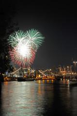 Feuerwerk auf dem 819. Hamburger Hafengeburtstag