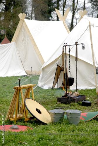 Gegenstände aus dem Mittelalter Ritterzeit - 21785552