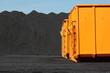 Kohlehalde mit Container
