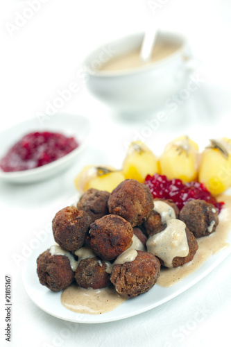 Sweedish Kottbullar meatball with brunsas sauce, boiled potatoes