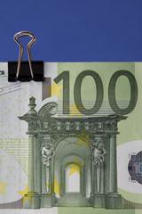 Geldscheine mit Klammer