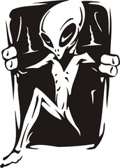 Alien leaves the hatch.