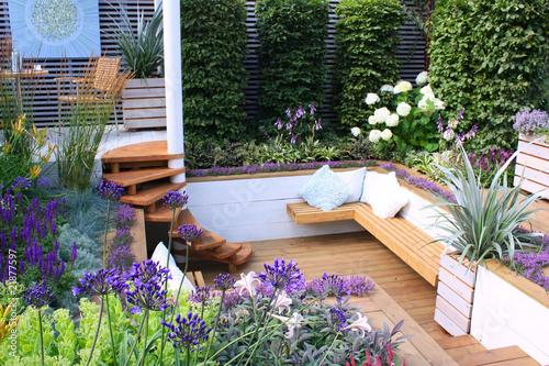 Leinwanddruck Bild Seats in garden