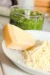 Parmesan für Pesto