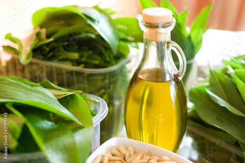 Bärlauch und Olivenöl