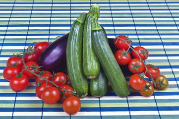 Zucchine Melanzane Pomodorini 04 04 10