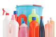 secchio e prodotti per pulizia