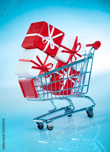 shopping cart  and gift