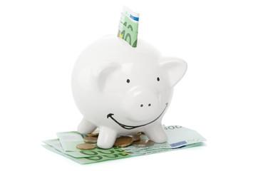 volles Sparschwein mit viel Geld
