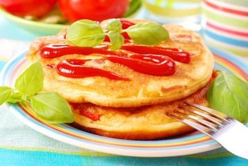 omelette with ketchup