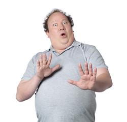 homme obèse refus recul grands yeux