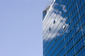 mirror on the glass facade - vienna