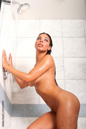 Free Video Of Women In Shower 91