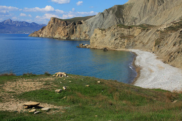 Cimmerian mountains and the sea. Photo 9113