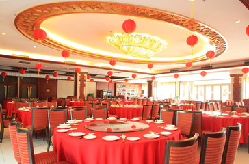 a luxury chinese banqueting hall