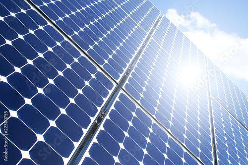 Sonne auf dem Solarpanel