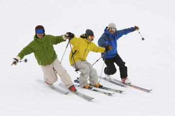 Asian friends skiing