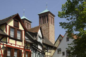 Häuser und Kirche St. Georg in Bensheim