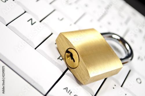 Komputer Sicherheit