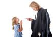 Justice - Avocat sermonant un enfant mineur suppliant - 22425549