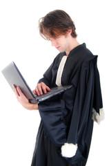 Justice - Jeune avocat et son orinateur portable