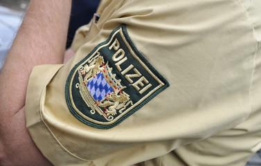 Polizei - Polizist Detail mit Symbol