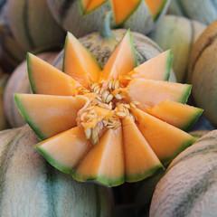 Au marché - Fruit d'été - Melons