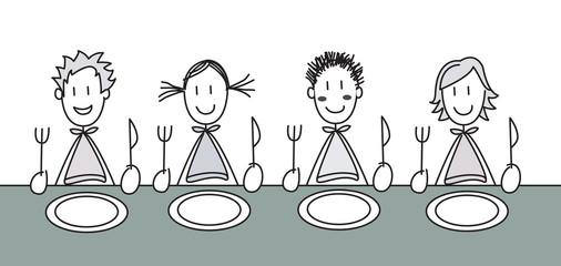 4 enfants à table noir et blanc
