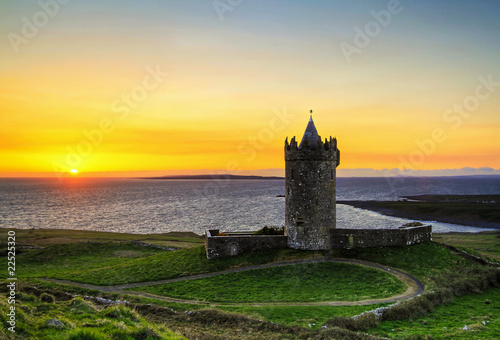 Doonagore castle at sunset - HDR