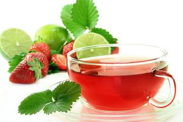 Erdbeer-Limetten-Tee
