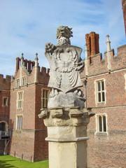 simbolo a hampton court