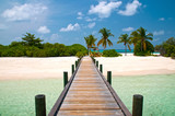 Fototapety Brücke zu einsamen Strand