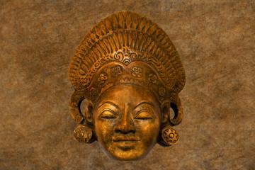 Alte kulturhistorische Maske
