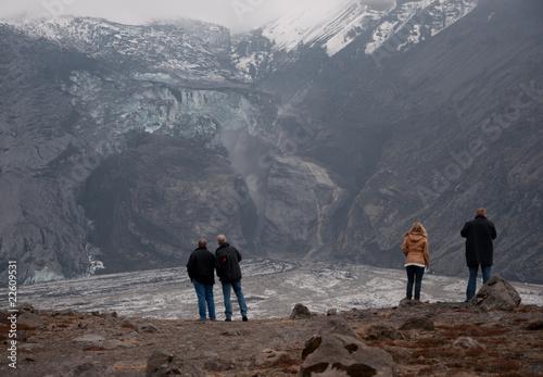 Beobachter vor Eyjafjallajökull Gletscher - 22609531