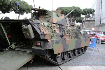 Carro armato esercito italiano
