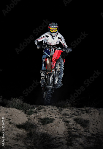 Motocross in the dark - 22660559