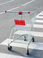 Einkaufswagen / Supermarket Trolley