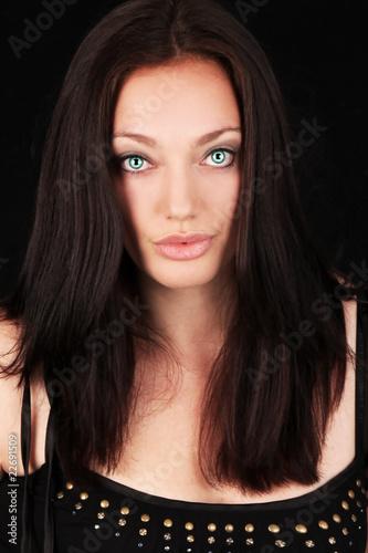 Poster hübsche Frau in schwarzem Tank Top