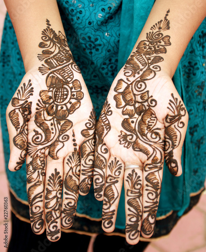 Mehandi on hands