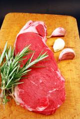 Rosmarino, aglio e bistecca