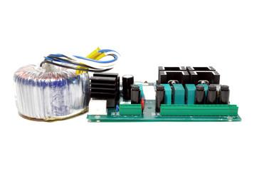Sceda elettronica con trasformatore toroidale