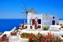 Windmühle auf der Insel Santorin, Griechenland