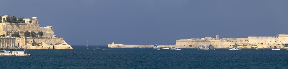 Grand Harbour Entrance