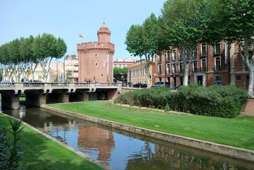 Les quais Vauban et le Castillet