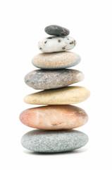 piedras sobre fondo blanco