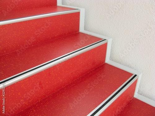 Leinwanddruck Bild Rote Treppe - Treppenstufen