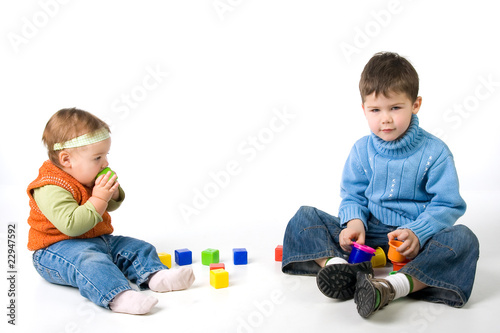 canvas print picture Small children play with blocks