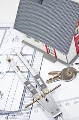 Haus mit Bauplan