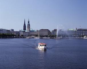Hamburg Binnenalster Blick auf das Rathaus