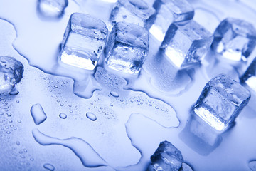 Ice, and cubes